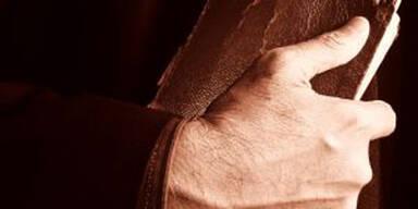 Priester gibt Sex mit 15-Jähriger zu