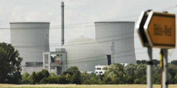 Atomausstieg: Regierung in Schwierigkeiten