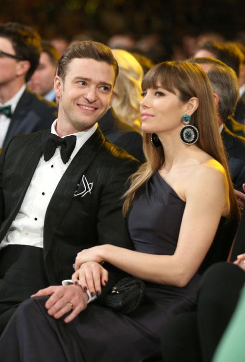 Grammys 2013: Justin Timberlake & Jessica Biel