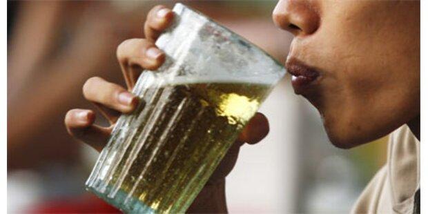 Prügelstrafe für Biertrinkerin