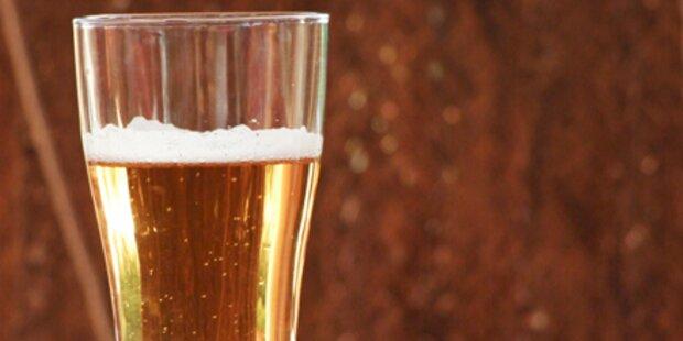 Keine Stockhiebe für biertrinkende Frau