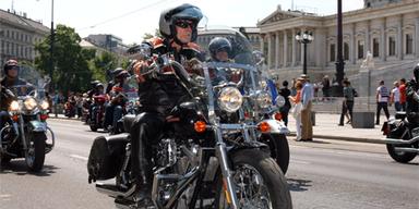 Wichtigster Schutz ist die Motorradbekleidung