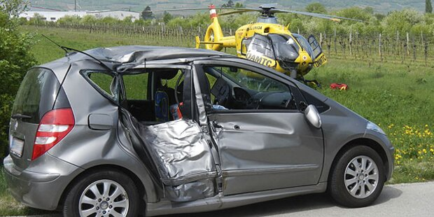 Biker (23) bei Crash schwer verletzt