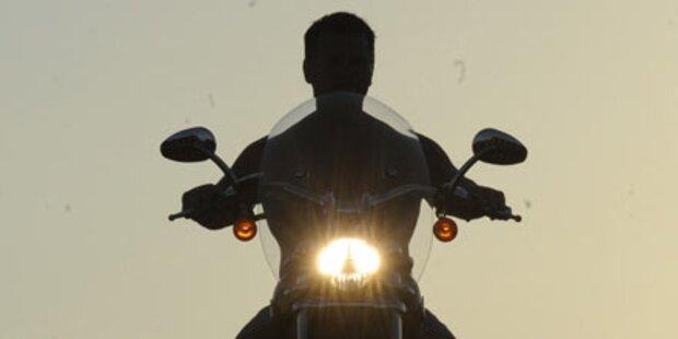 Geist zwingt Biker zum Rasen