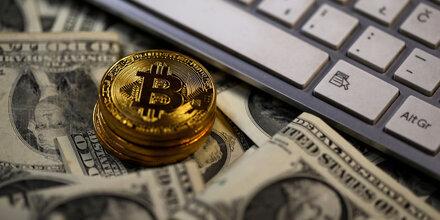 Auch der Bitcoin-Kurs stürzt weiter ab