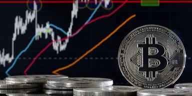 Bitcoin behält Rekordhoch im Blick