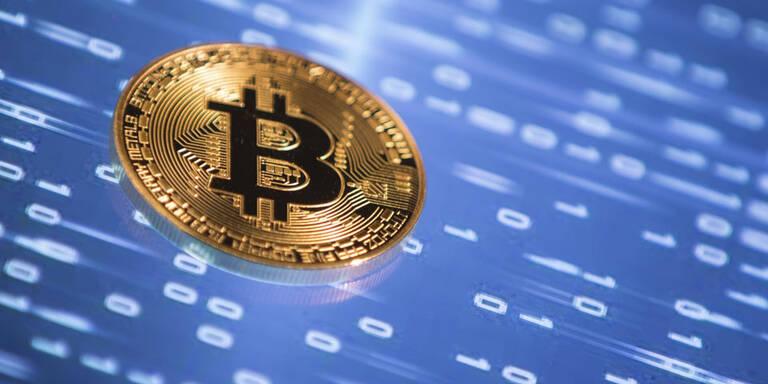 Bitcoin kratzte an Marke von 35.000 Dollar