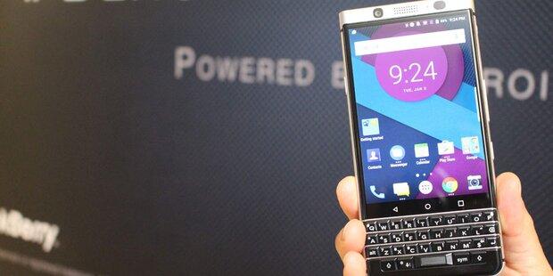 Blackberry schlittert wieder in die Krise