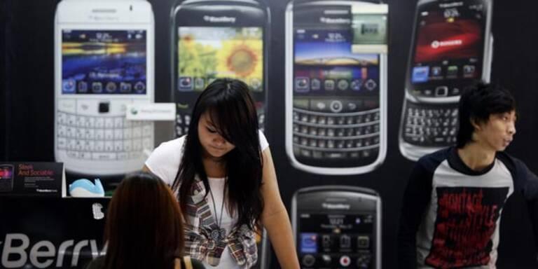 Blackberry baut Milliarden-Verlust