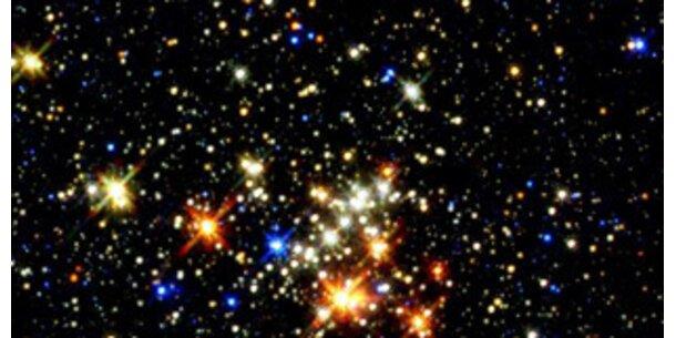 Hubble entdeckt blaue Sterne