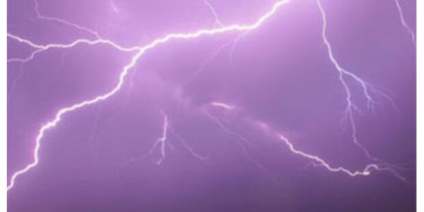 Bauer konnte Feuer durch Blitz selbst löschen