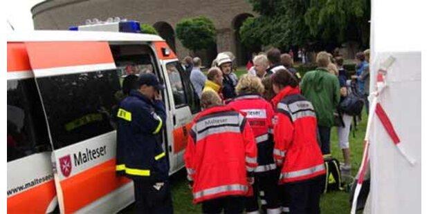 13 Verletzte nach Blitzeinschlag