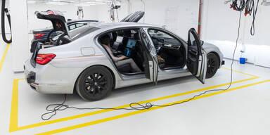 Hier entwickelt BMW seine Roboterautos