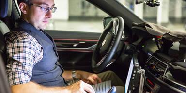 Autonomes Fahren: Magna setzt auf BMW