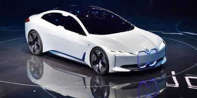 BMWs E-Flaggschiff kommt mit CATL-Akkus