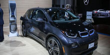 BMW will heuer 140.000 E-Autos verkaufen