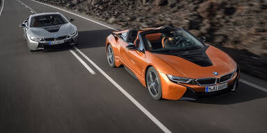 BMW i8 Roadster und Facelift fürs Coupé