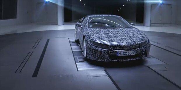 BMW zeigt den i8 Roadster