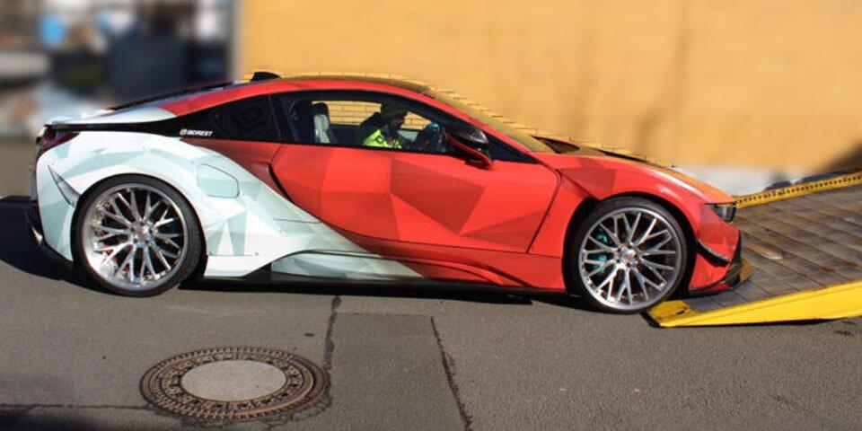 La policía confisca un BMW de 350.000 euros
