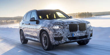 Neuer BMW X3 als Erlkönig unterwegs