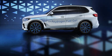 BMW verrät Leistung vom Wasserstoff-X5