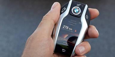 Schlauer Autoschlüssel mit Info-Display