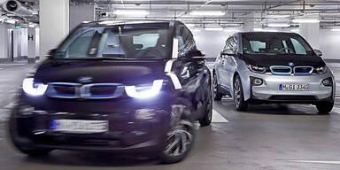 Dieser BMW i3 parkt ganz alleine ein