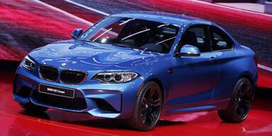 BMW bleibt vor Audi und Mercedes