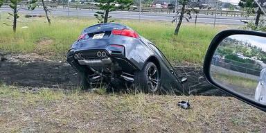 Nagelneues BMW M4 Coupé versenkt