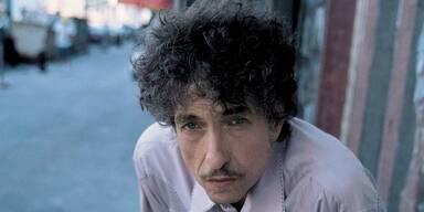 Bob Dylan stürmt auf Platz eins