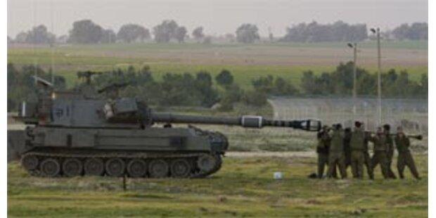 Israels Bodentruppen rücken in Gaza-Streifen vor