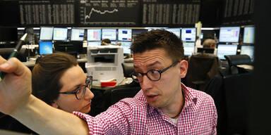 Europas Leitbörsen zu Mittag mit Gewinnen