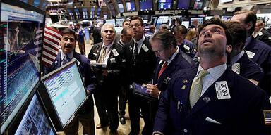 Wall Street schließt etwas höher