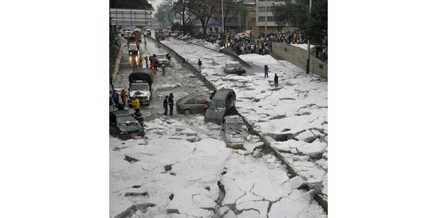 Eissturm legt Kolumbiens Hauptstadt lahm