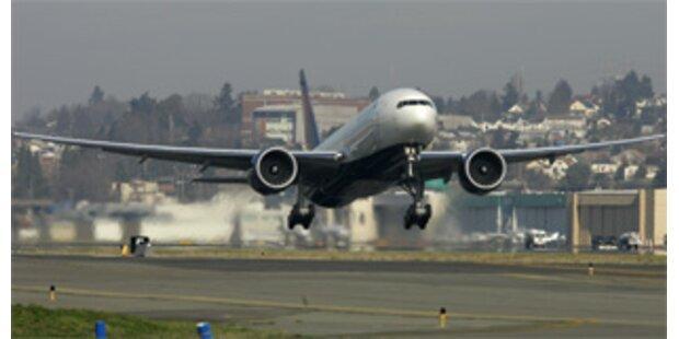 Boeing in Limoges über Landebahn hinausgerutscht