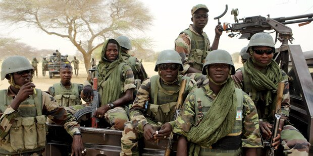 Soldaten stürmen Boko Haram-Zentrale