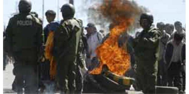 Mindestens 21 Verletzte bei Referendum in Bolivien