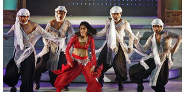 Indien-Show erzählt von Film und Liebe