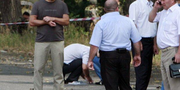 Bombe reißt zwei Polizisten in den Tod
