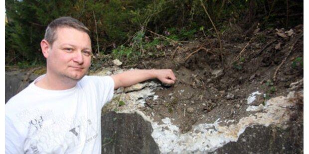 Junger Bastler sprengt Loch in Mauer