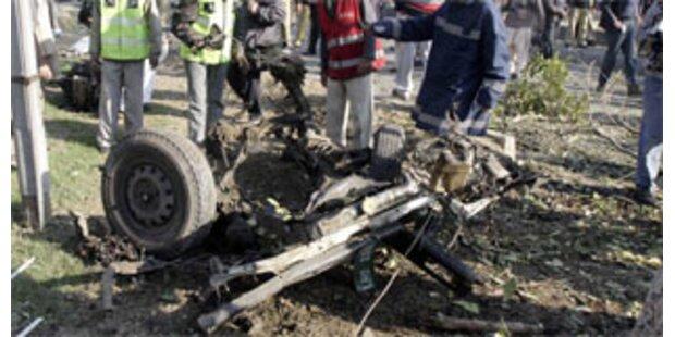 Frau bei Autobombenanschlag in Pakistan getötet