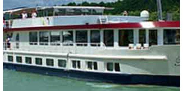 Schiffskoch beschießt Boot mit Stahlkugeln