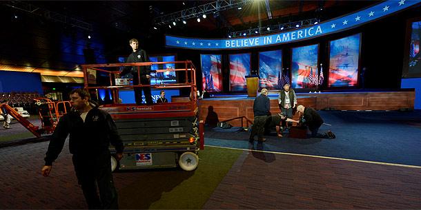 Aufbau für Romneys Wahlparty im Convention und Exhibition Center in Boston