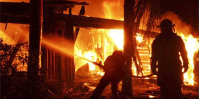 Schwere Waldbrände wüten in Süditalien