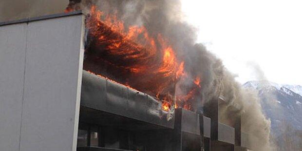 Verheerender Brand in Wohnblock