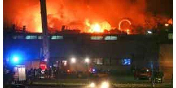Großbrand bei Glanzstoff in St. Pölten