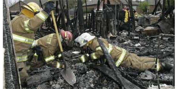 23 Tote bei Brand in Feuerwerksfabrik