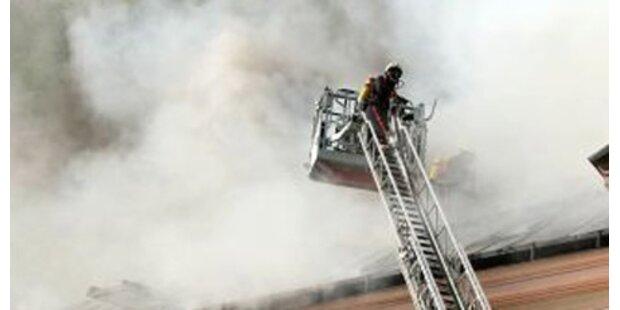 Großbrand verursacht Totalschaden