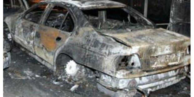 Pkw brannte auf der A1 aus