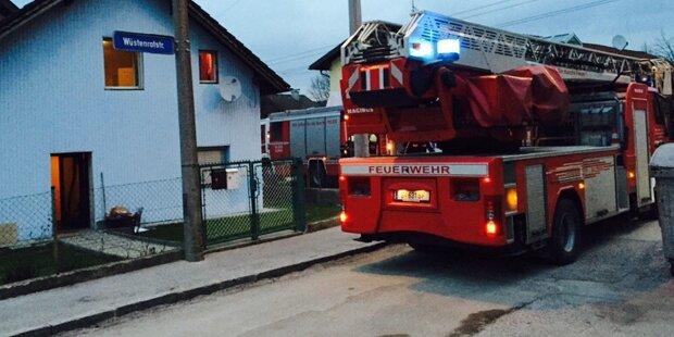 Sechs Verletzte bei Zimmerbrand in Anif